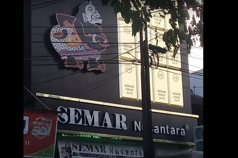 Toko Emas Semarang