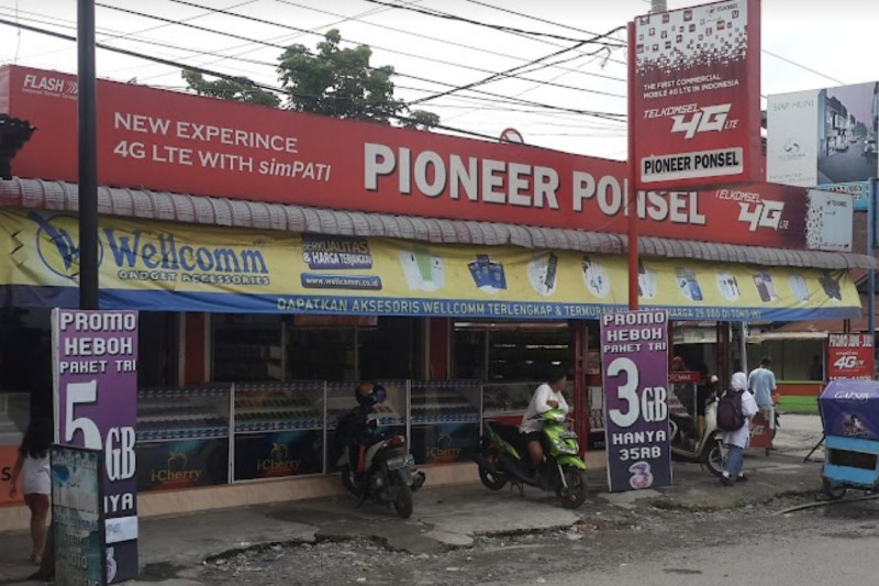PIONEER Ponsel